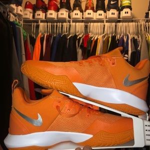 Brand New Nike Zoom Shifts